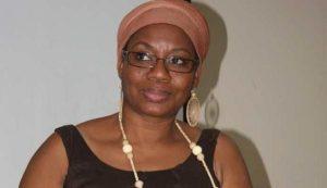Angolana lança livro de poemas no recôncavo