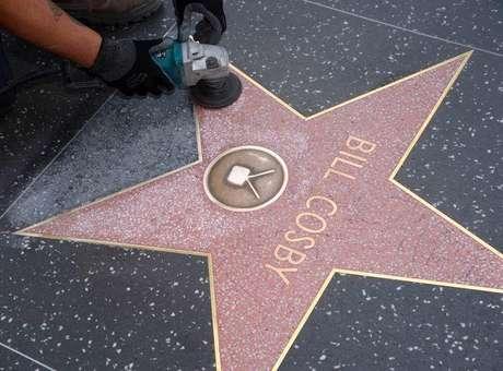 Estrela de Bill Cosby na Calçada da Fama é vandalizada com