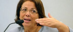 Ministra dos Direitos Humanos entra com pedido de cassação de Bolsonaro na Procuradoria-Geral da República