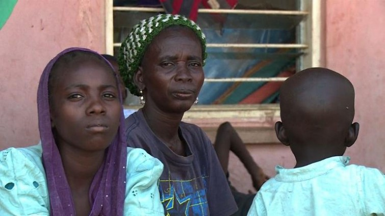 'Nenhuma vida vale mais que outra': #BagaTogether lembra os mortos no massacre da Nigéria