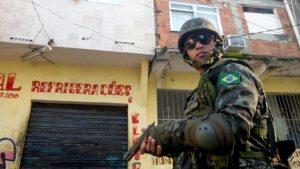 favela-mare-600x337
