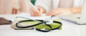medicos reprovados