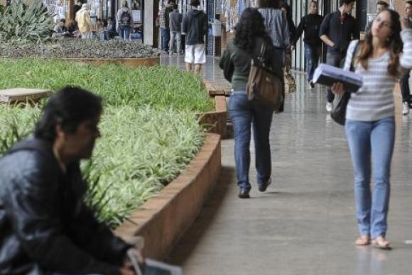 CEPAL: 30,8% das mulheres da América Latina não têm renda própria