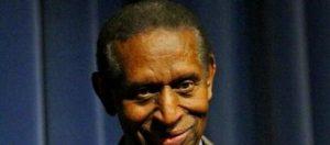 Adeus a Earl Lloyd, primeiro negro a jogar na NBA