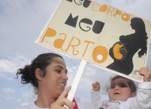 O debate acerca do parto humanizado tem ganhado força no Brasil. A internet contribuiu para que isso acontecesse (Foto: Tânia Rêgo/ABr)