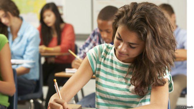 Baixo desempenho do Brasil em teste da OCDE revela também desigualdade de gênero na educação