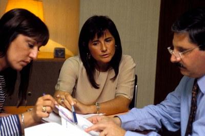 A presença de mulheres em cargos de direção reduz a probabilidade de fraudes, sugerem algumas pesquisas