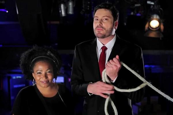 Gentili, sua assistente negra e o apresentador de TV demitido por racismo nos EUA
