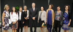 Grupo de mulheres pede em Brasília descriminalização do aborto