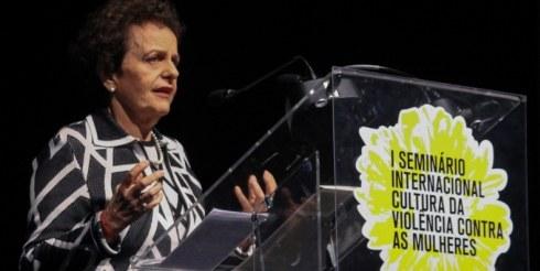Combate a violência contra mulher fará parte do currículo escolar, segundo ministra