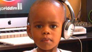 dj de dois anos