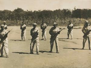 Mulheres guerrilheiras da FRELIMO  Arquivo Fundação Mário Soares