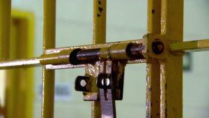 Pesquisa mostra que menos de 1% dos delitos é praticado por adolescentes