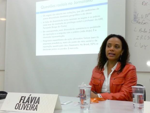 Na última sexta-feira (3), a jornalista participou do 10 º Congresso Internacional de Jornalismo Investigativo, onde debateu a questão racial na profissão (Foto: Rafael Carneiro da Cunha/Blog Mural)