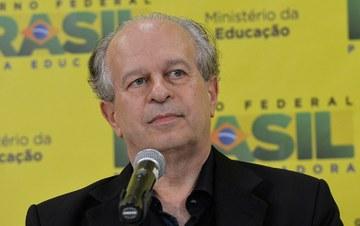 A essência da técnica não é nada de técnico. Entrevista especial com Renato Janine Ribeiro