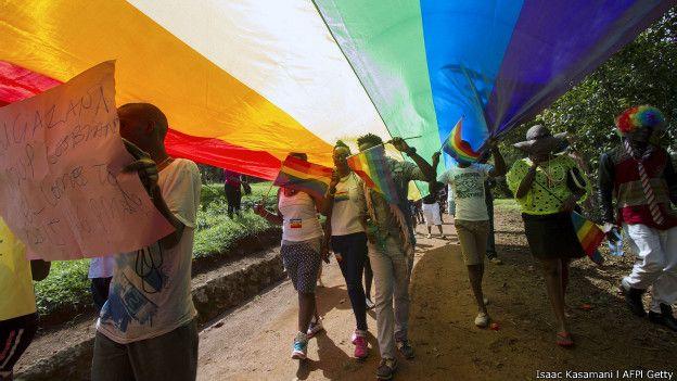 Apesar da realização da parada, Uganda ainda prevê a prisão de homossexuais