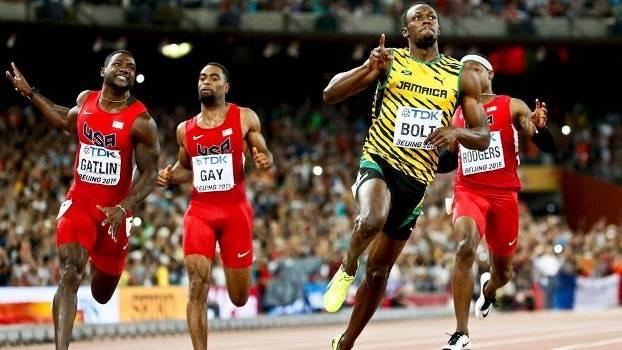 Bolt volta a assombrar em Pequim, supera Gatlin e conquista o tri mundial nos 100m