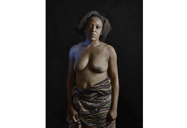 """Carole B., 28 anos: """"Até eu me senti envergonhada"""" (Foto: Gildas Paré )"""