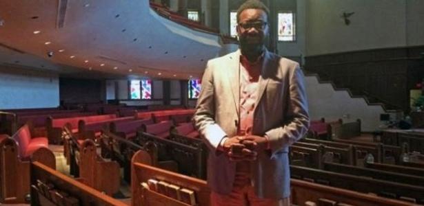 Com cartilha, igrejas nos EUA ensinam negros a