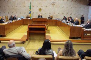 Por 8 votos a 3, STF proíbe doações de empresas a políticos