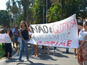Ato na USP cobra ação de diretor sobre 'ranking sexual' em Piracicaba