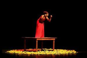'Melanina in Solos' reúne peças compostas por apenas um ator