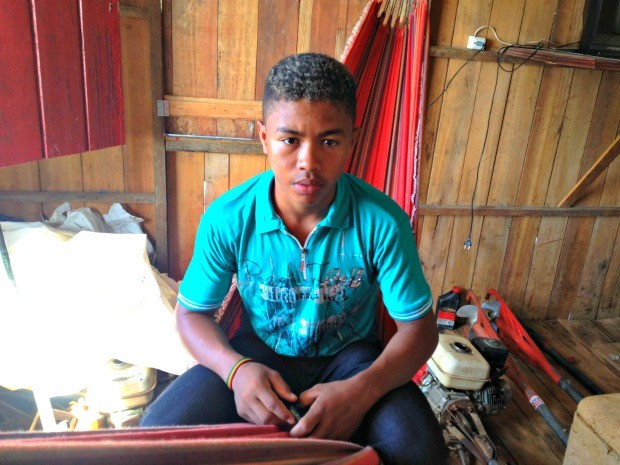 No AC, jovem viaja 10h e dorme quatro dias em barco para fazer Enem