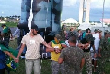 Acampamentos deixam gramado do Congresso após confusão entre manifestantes