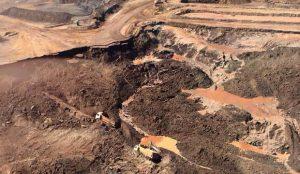 """A lama que soterra o brasil/ Quem determina quanto """"Vale"""" a vida nesse país?"""