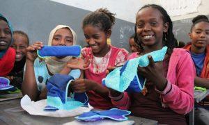 Como esta roupa íntima pode ajudar a manter milhares de meninas africanas na escola