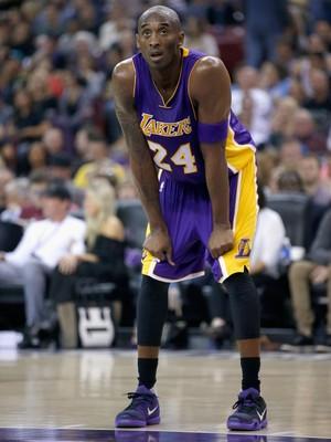 Kobe Bryant vem sofrendo com problemas físicos nas últimas temporadas (Foto: Getty Images)