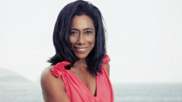 Glória Maria renova com a Globo e pode voltar ao 'Fantástico'
