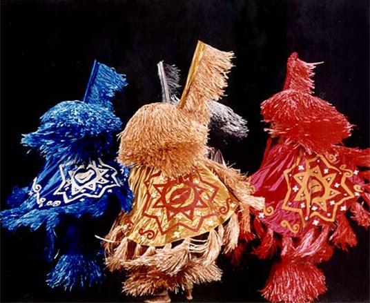 A abudância de cores do Maracatu. (Foto – Marisa Viana, Divulgação site institucional Balé Folclórico da Bahia)