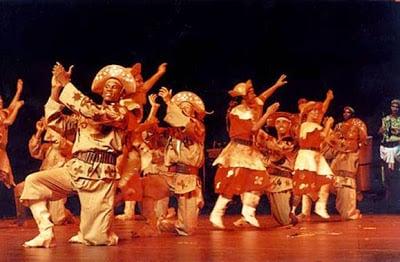 O xaxado e toda a sua história contada a partir do olhar do Balé Folclórico da Bahia. (Foto – Marisa Viana / Divulgação site institucional Balé Folclórico da Bahia)