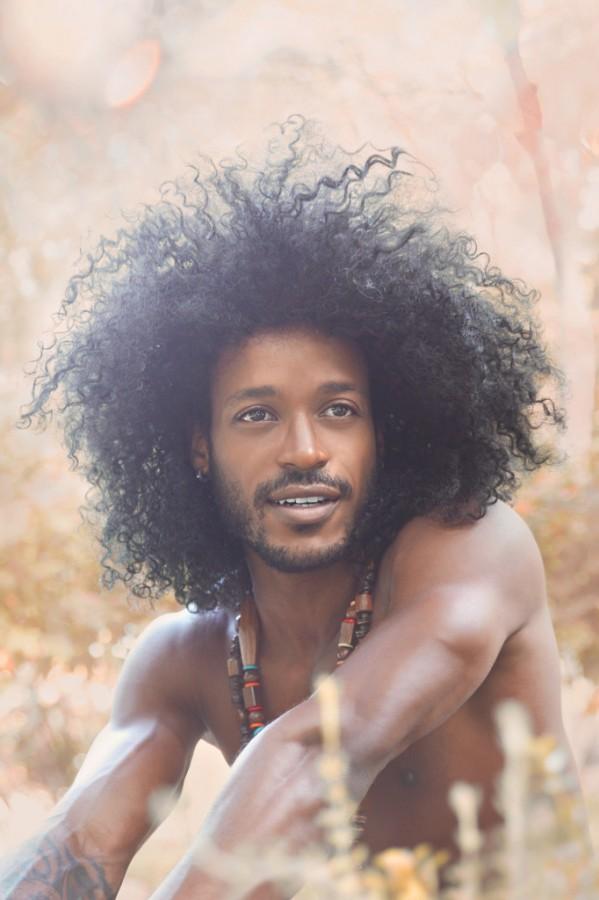 mequetrefismos-blackpower-corte-afro-masculino-682x1024