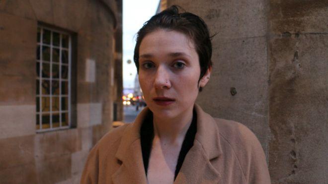 'Meu namorado me estuprou por um ano enquanto eu dormia'