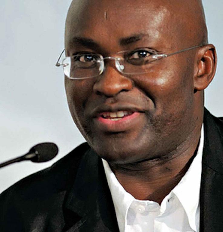 """Achille MbeMbe: """"as sociedades contemporâneas sonham com o apartheid"""""""