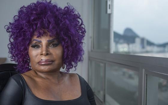 Exclusivo: 'O negro, o gay e a mulher são minhas bandeiras', diz Elza Soares