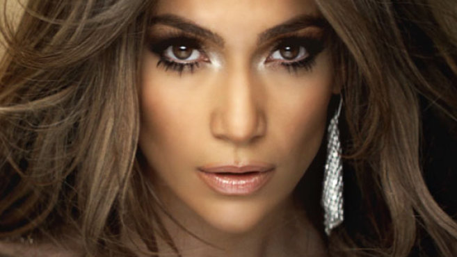 Jennifer Lopez se emociona com performance de vítima de abuso em 'American Idol'