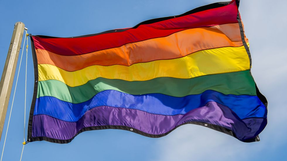 Alunos travestis e transexuais poderão usar nome social em escolas de São Paulo