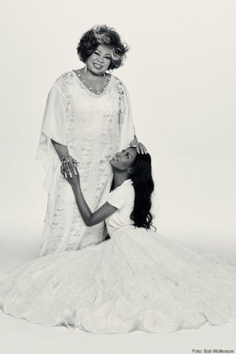 Alcione e Naomi Campbell estão juntas (e DESLUMBRANTES) na edição de 41 anos da Vogue Brasil