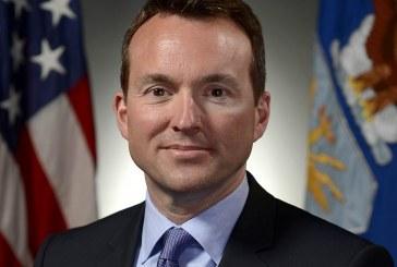 Eric Fanning homossexual assumido passa a chefiar o Exército norte-americano
