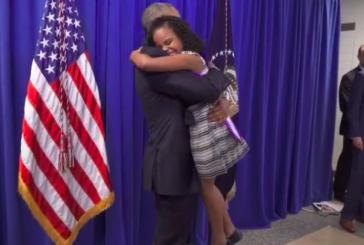 Ao encontrar Obama, ela não aguentou a emoção e fez o que também gostaríamos de fazer