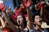 Cultura machista faz com que vítimas de estupro não reconheçam violência, diz psicóloga