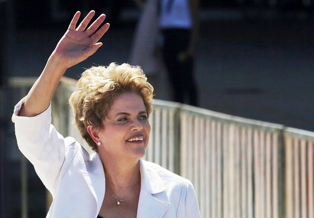 Dilma na TV Brasil: caminho é a consulta popular