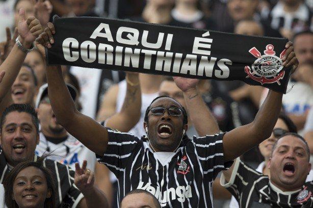 Corinthians tem primeiro técnico negro em 24 anos. E por que isso é importante?