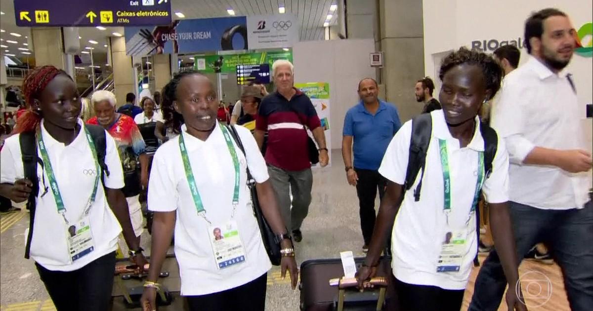 Delegação de refugiados formada por atletas imigrantes estreia no Rio