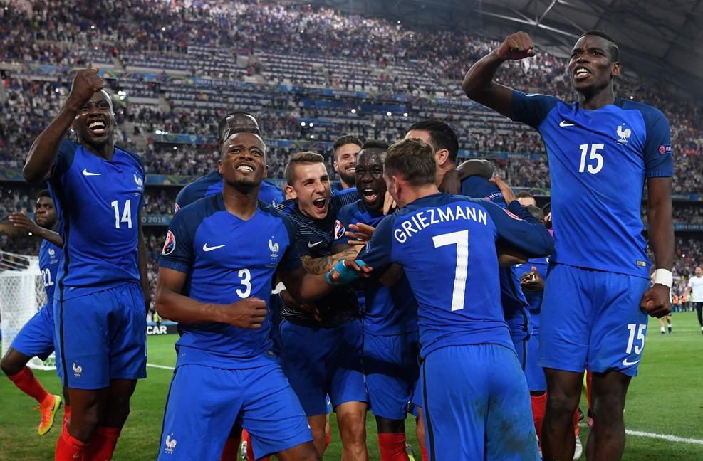 Pela 1ª vez, jogadores negros serão maioria na final da Eurocopa