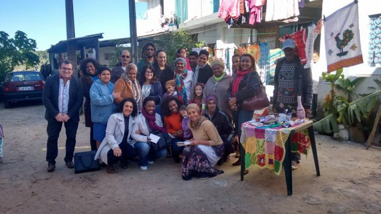 Famílias-recebem-Consulesa-da-França-no-Rio-Vermelho-768x432