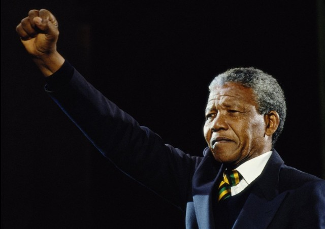 Negro Belchior: Hoje é dia de Nelson Mandela